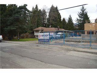 Photo 4: 1562 E KEITH Road in NORTH VANC: Lynnmour Home for sale (North Vancouver)  : MLS®# V1107033