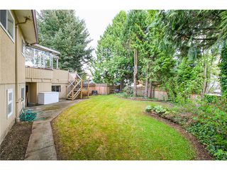 "Photo 17: 6882 YEOVIL Place in Burnaby: Montecito House for sale in ""Montecito"" (Burnaby North)  : MLS®# V1119163"