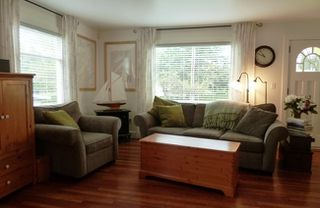 Photo 3: 9561 118th Street in North Delta: Home for sale