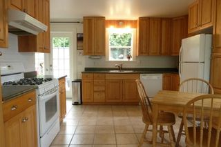 Photo 5: 9561 118th Street in North Delta: Home for sale