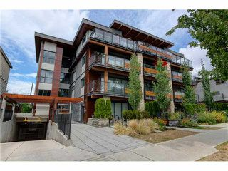 "Photo 1: 206 1661 E 2ND Avenue in Vancouver: Grandview VE Condo for sale in ""2ND & COMMERCIAL"" (Vancouver East)  : MLS®# V1136892"