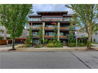 "Photo 2: 206 1661 E 2ND Avenue in Vancouver: Grandview VE Condo for sale in ""2ND & COMMERCIAL"" (Vancouver East)  : MLS®# V1136892"
