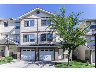 Photo 1: 50 DOVER Mews SE in Calgary: Dover House for sale : MLS®# C4024873