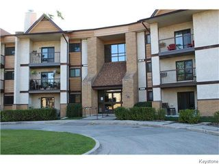 Photo 1: 201 Victor Lewis Drive in WINNIPEG: River Heights / Tuxedo / Linden Woods Condominium for sale (South Winnipeg)  : MLS®# 1526496