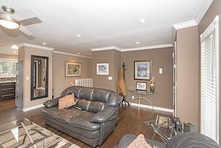 Photo 2: 442 DRAYCOTT Street in Coquitlam: Central Coquitlam House for sale : MLS®# R2027987