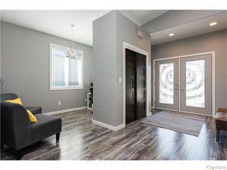 Photo 2: 98 River Ridge Drive in Winnipeg: West Kildonan / Garden City Residential for sale (North West Winnipeg)  : MLS®# 1604271
