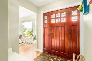 Photo 1: 3529 KALYK Avenue in Burnaby: Burnaby Hospital House for sale (Burnaby South)  : MLS®# R2059196