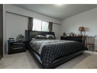 Photo 11: 7568 LEE Street in Mission: Mission BC House for sale : MLS®# R2076118
