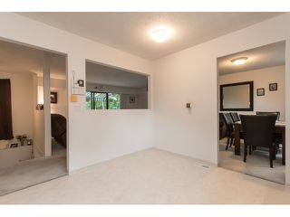 Photo 10: 7568 LEE Street in Mission: Mission BC House for sale : MLS®# R2076118