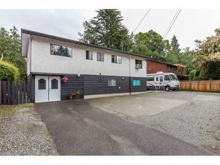 Photo 2: 7568 LEE Street in Mission: Mission BC House for sale : MLS®# R2076118