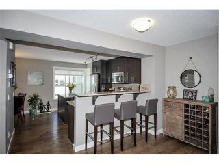 Photo 10: 947 MCKENZIE TOWNE Manor SE in Calgary: McKenzie Towne House for sale : MLS®# C4074117