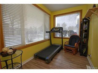 Photo 4: 53 Harrowby Avenue in Winnipeg: St Vital Residential for sale (2D)  : MLS®# 1703965