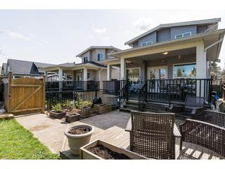 Photo 11: 15455 GOGGS Avenue: White Rock House for sale (South Surrey White Rock)  : MLS®# R2154149