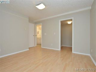 Photo 11: 107 535 Manchester Rd in VICTORIA: Vi Burnside Condo Apartment for sale (Victoria)  : MLS®# 758428