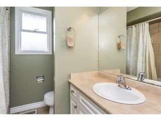 """Photo 13: 33464 CONWAY Place in Abbotsford: Central Abbotsford House for sale in """"CENTRAL ABBOTSFORD"""" : MLS®# R2170228"""