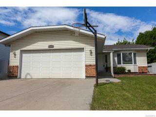 Photo 2: 1203 Kingsmere Boulevard in Saskatoon: Lakeridge Single Family Dwelling for sale (Saskatoon Area 01)  : MLS®# 611562