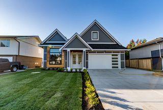 Photo 1: 5526 45 Avenue in Delta: Delta Manor House for sale (Ladner)  : MLS®# R2173859
