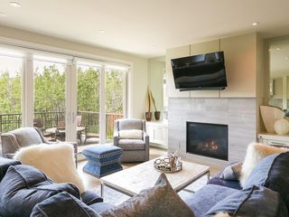 Photo 9: 30 ASPEN RIDGE Park SW in Calgary: Aspen Woods House for sale : MLS®# C4119944