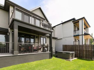 Photo 3: 30 ASPEN RIDGE Park SW in Calgary: Aspen Woods House for sale : MLS®# C4119944