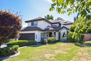 Photo 2: 8333 148B Street in Surrey: Bear Creek Green Timbers House for sale : MLS®# R2191505
