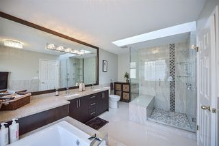 Photo 13: 8333 148B Street in Surrey: Bear Creek Green Timbers House for sale : MLS®# R2191505
