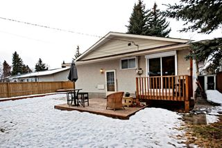 Photo 19: 3743 LOGAN Crescent SW in Calgary: Lakeview House for sale : MLS®# C4131777