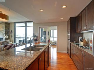 Photo 9: 1106 788 Humboldt Street in VICTORIA: Vi Downtown Condo Apartment for sale (Victoria)  : MLS®# 382656