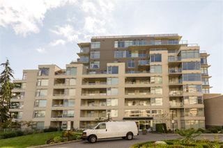 "Photo 2: 405 9298 UNIVERSITY Crescent in Burnaby: Simon Fraser Univer. Condo for sale in ""NOVO"" (Burnaby North)  : MLS®# R2209644"