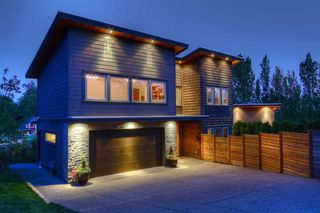Photo 2: 18466 MCMILLAN ROAD in South Surrey White Rock: Home for sale : MLS®# R2145285