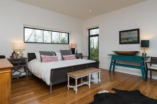 Photo 13: 18466 MCMILLAN ROAD in South Surrey White Rock: Home for sale : MLS®# R2145285
