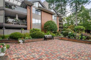 "Photo 17: 207 15270 17 Avenue in Surrey: King George Corridor Condo for sale in ""The Cambridge"" (South Surrey White Rock)  : MLS®# R2212033"