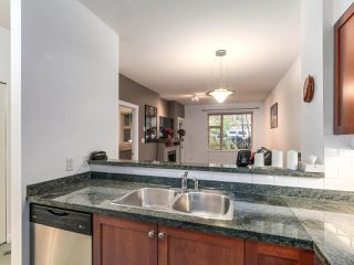 "Photo 3: 109 675 PARK Crescent in New Westminster: GlenBrooke North Condo for sale in ""THE WINCHESTER"" : MLS®# R2224095"