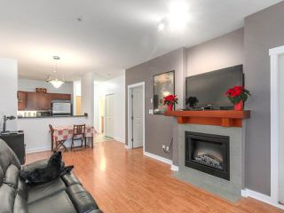 """Photo 6: 109 675 PARK Crescent in New Westminster: GlenBrooke North Condo for sale in """"THE WINCHESTER"""" : MLS®# R2224095"""