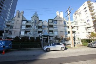 "Photo 1: 404 509 CARNARVON Street in New Westminster: Downtown NW Condo for sale in ""HILLSIDE PLACE"" : MLS®# R2226244"
