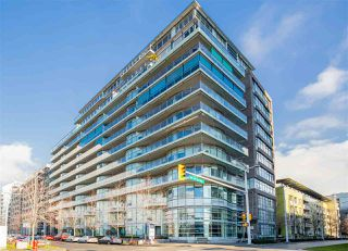 "Photo 2: 103 181 W 1ST Avenue in Vancouver: False Creek Condo for sale in ""THE BROOK"" (Vancouver West)  : MLS®# R2227937"