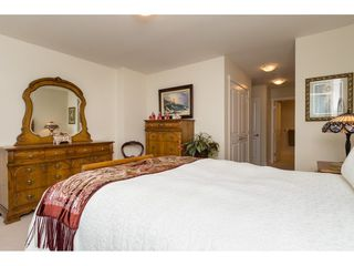 """Photo 15: 603 14824 NORTH BLUFF Road: White Rock Condo for sale in """"The Belaire"""" (South Surrey White Rock)  : MLS®# R2230176"""