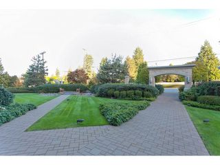 """Photo 2: 603 14824 NORTH BLUFF Road: White Rock Condo for sale in """"The Belaire"""" (South Surrey White Rock)  : MLS®# R2230176"""
