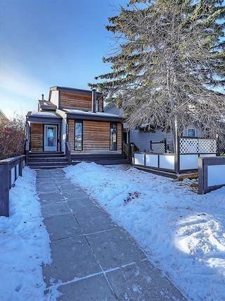 Photo 3: 4535 72 Street NW in Calgary: Bowness House for sale : MLS®# C4163326