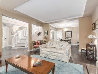 Photo 3: 5544 CORNWALL Drive in Richmond: Terra Nova House for sale : MLS®# R2235303