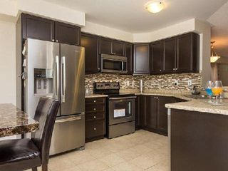 Photo 7: 8 Poncelet Road in Brampton: Northwest Brampton House (2-Storey) for lease : MLS®# W4035192