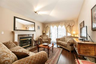 Photo 2: 1 13958 72 Avenue in Surrey: East Newton Townhouse for sale : MLS®# R2239062