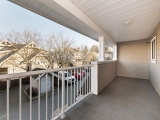 """Photo 8: 26 20875 88 Avenue in Langley: Walnut Grove Townhouse for sale in """"TERRACE PARK"""" : MLS®# R2239328"""