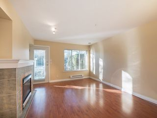 """Photo 3: 26 20875 88 Avenue in Langley: Walnut Grove Townhouse for sale in """"TERRACE PARK"""" : MLS®# R2239328"""