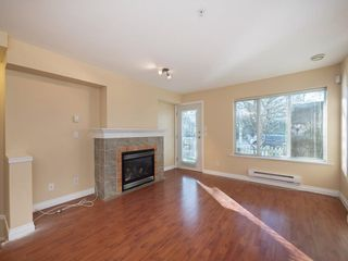 """Photo 4: 26 20875 88 Avenue in Langley: Walnut Grove Townhouse for sale in """"TERRACE PARK"""" : MLS®# R2239328"""