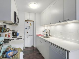 Photo 9: 17 430 E 8TH Avenue in Vancouver: Mount Pleasant VE Condo for sale (Vancouver East)  : MLS®# R2255687