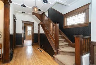Photo 3: 168 Chestnut Street in Winnipeg: Wolseley Residential for sale (5B)  : MLS®# 1811404