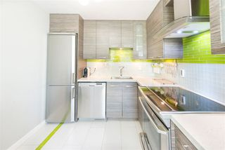 Photo 3: 301 145 ST. GEORGES Avenue in North Vancouver: Lower Lonsdale Condo for sale : MLS®# R2268988