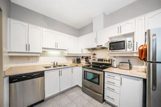 """Photo 10: 403 6740 STATION HILL Court in Burnaby: South Slope Condo for sale in """"WYNDHAM COURT"""" (Burnaby South)  : MLS®# R2276232"""