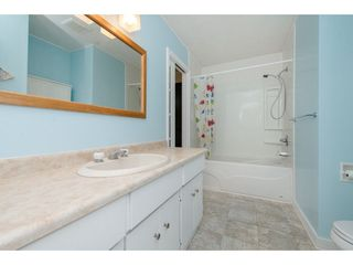 Photo 13: 45469 MEADOWBROOK Drive in Chilliwack: Chilliwack W Young-Well House for sale : MLS®# R2301084