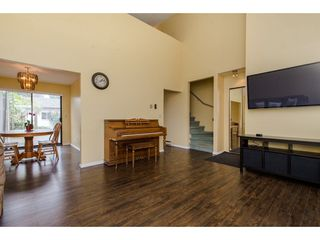 Photo 5: 45469 MEADOWBROOK Drive in Chilliwack: Chilliwack W Young-Well House for sale : MLS®# R2301084